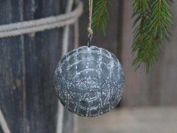 Weihnachtskugeln mit Karo Muster